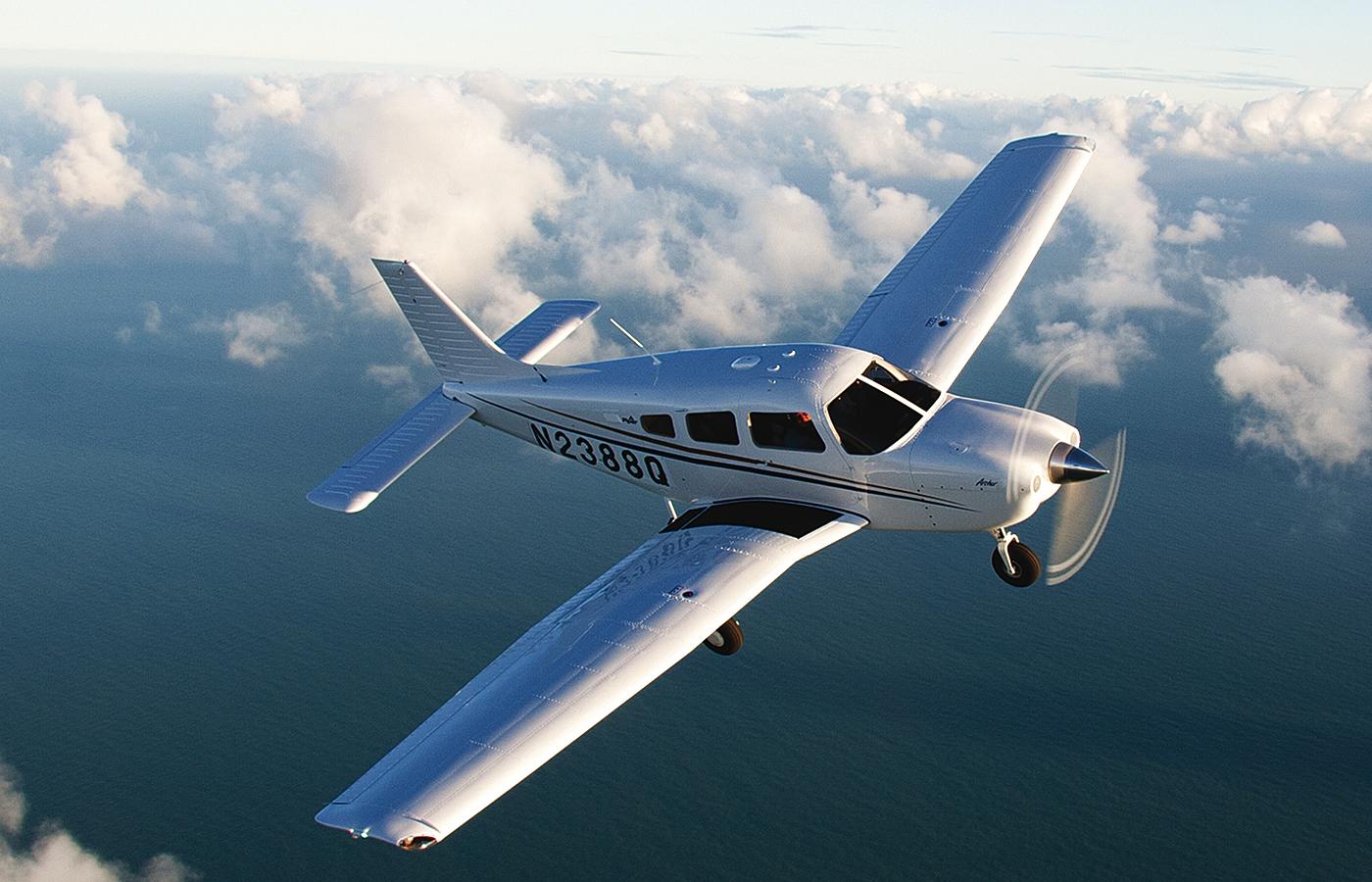 Aerei Da Caccia Ad Elica : Piper archer tx l aereo da addestramento per eccellenza i