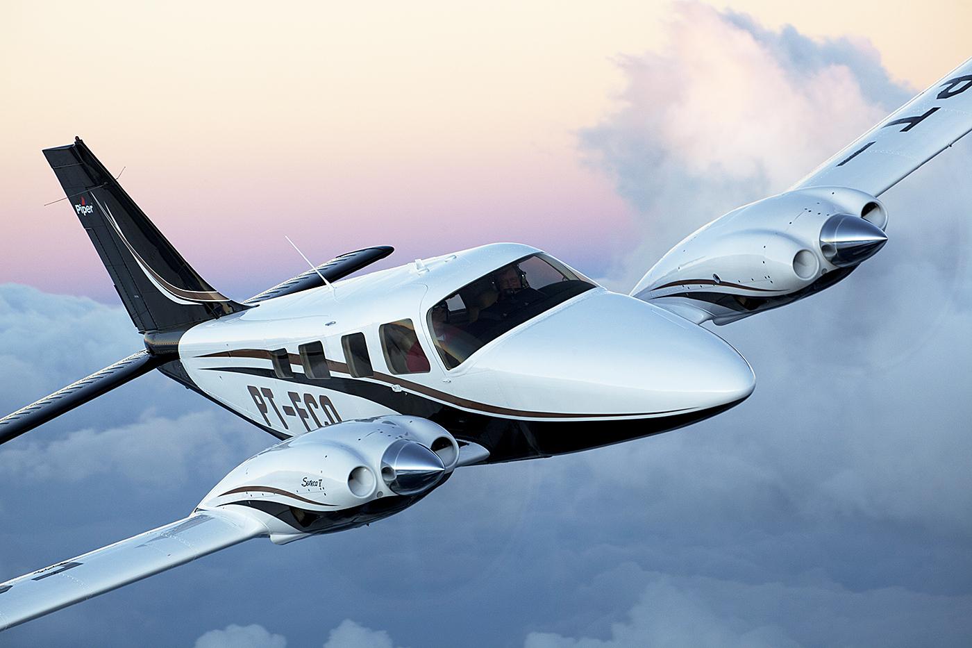 Piper Seneca V, Aereo privato, Business Jet, Aereo di lusso,Cirrus aircraft, Cessna aircraft, aerotaxi, volo aereo privato, jet, vip